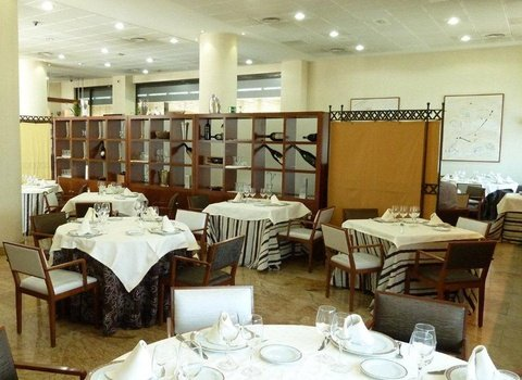 The La Princesa Hotel has its facilities in the restaurant ...